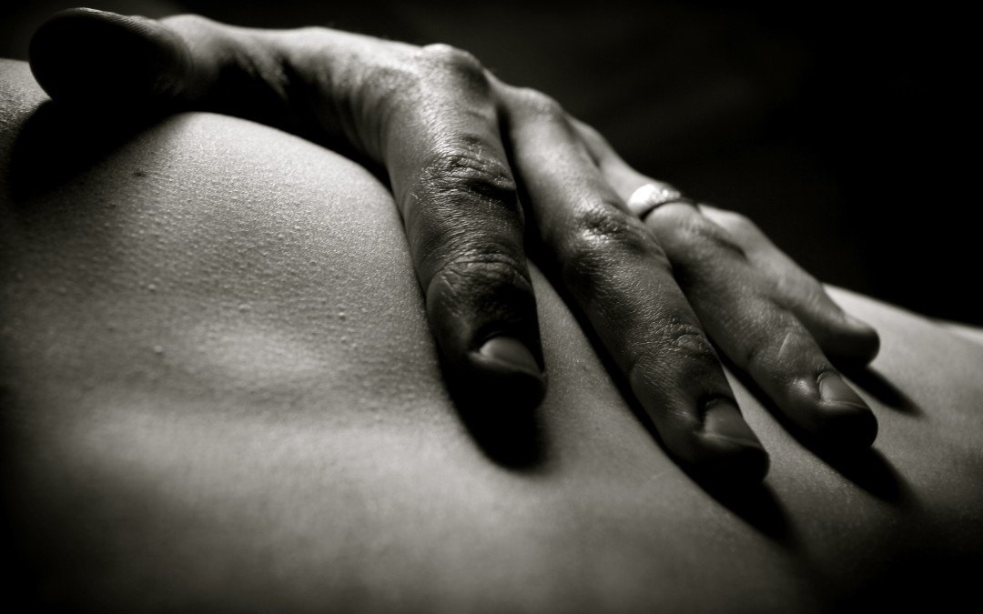 Be a Great Lover by Thinking Like a Great Masseuse